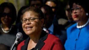 On Wednesday, May 24th, 2017, Rep. Karen Bass (D-Los Angeles) spoke about Jimenez and the more than 100 other young people participating in the Congressional Foster Youth Shadow Program in a speech on the House floor.